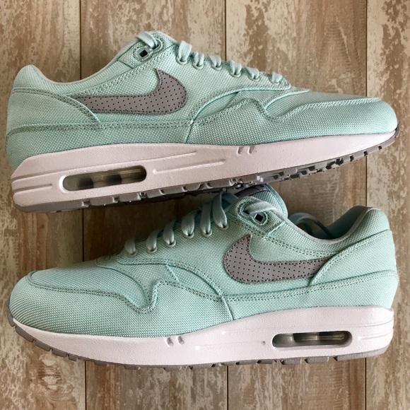 8399d94bc2 Nike Shoes | Nwt Id Custom Air Max 1 Premium | Poshmark